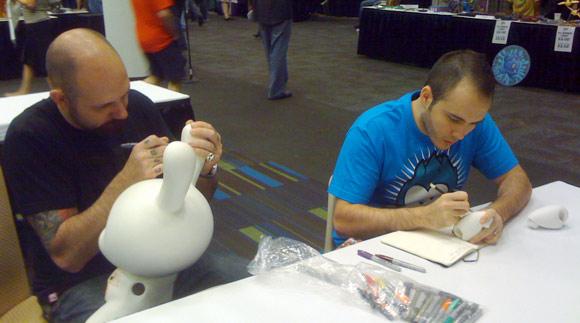 Huck Gee & Carlos East at Dragon*Con 2009