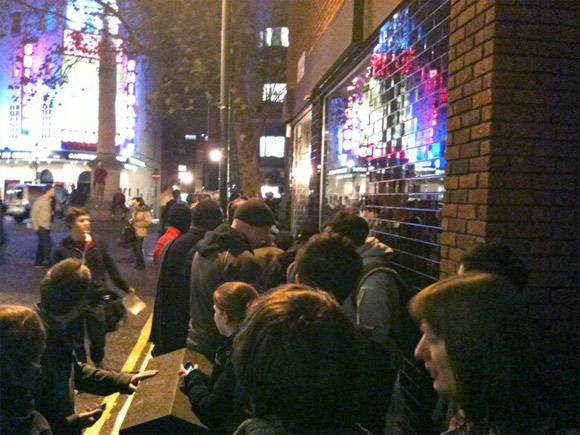 Kidrobot London Grand Opening Queue!