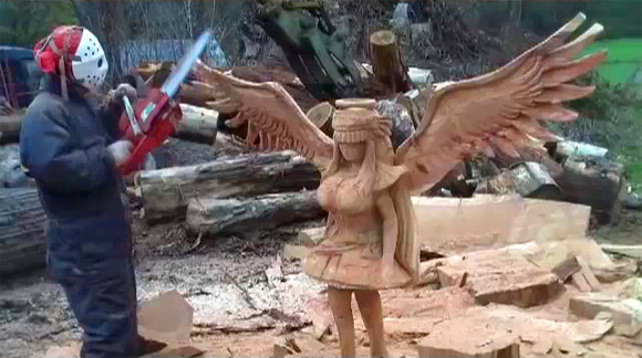 Chainsaw Anime Sculpture