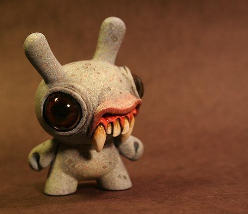 Chris Ryniak Vampire Dunny Kidrobot Blog