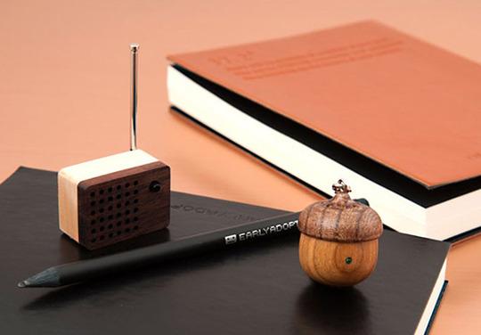 Motz tiny radio