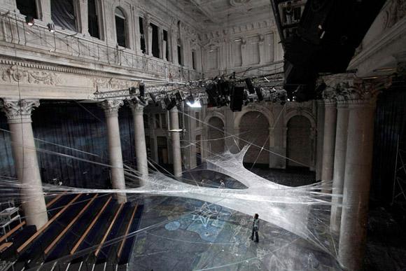tape-web-3