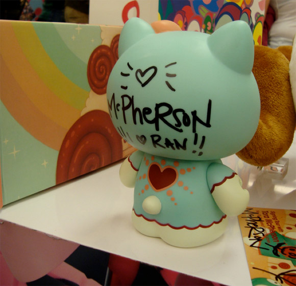 Magic-Love-Hello-Kitty-Signing-Kidrobot-Miami
