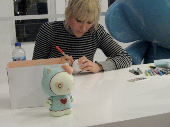 Magic-Love-Hello-Kitty-Signing-Kidrobot-NewYork