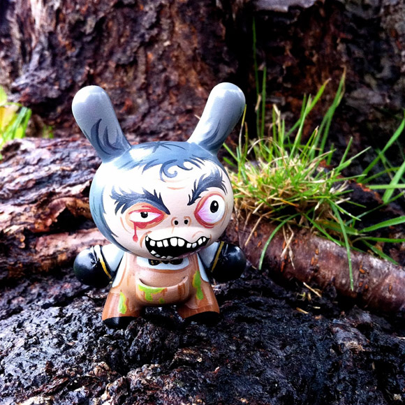 lunabee-custom-dunny-victor