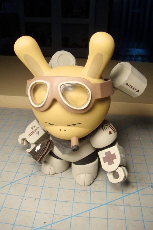 huck-gee-custom-dunny-taggert-5