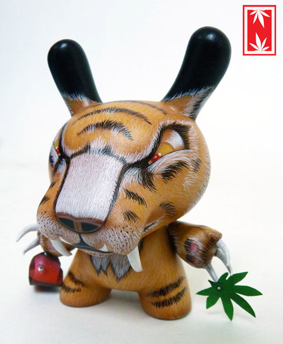 sabertooth-dunny-4
