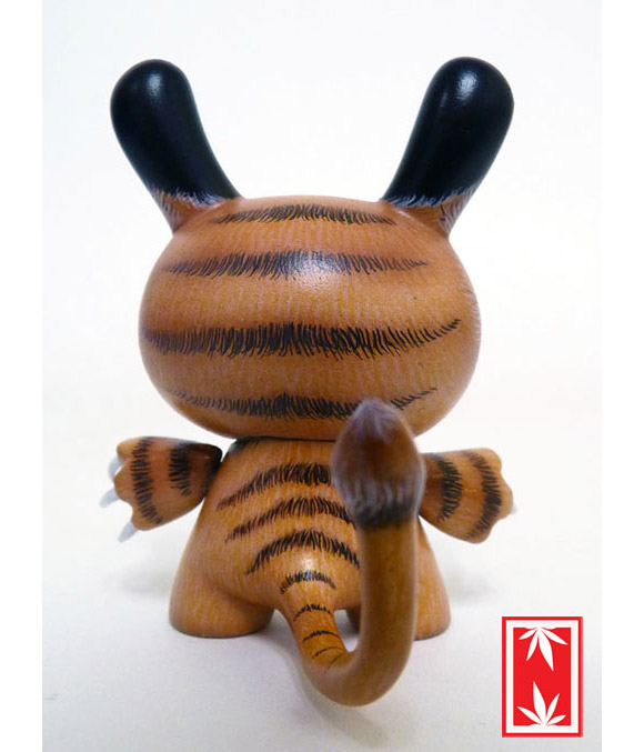 sabertooth-dunny-7