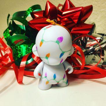 MUNNY Christmas DIY Ornament Contest!