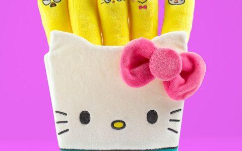 Kidrobot-x-hello-Kitty-Plush-Fries-