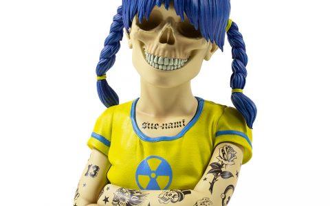 Sue-Nami-Resin-Art-Figure-by-Zoltronx Kidrobot
