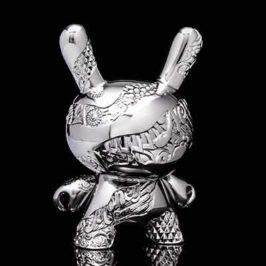 "Tristan Eaton x Kidrobot New Metal Dunny 5"""
