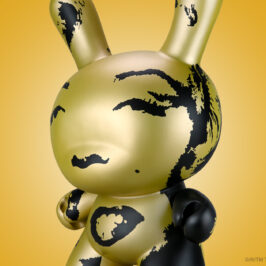 """Andy Warhol Gold Marilyn 20"""" Dunny"""